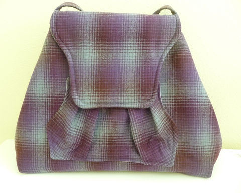 Purple,Ombre,Plaid,Wool,Shoulder,Bag,with,Pleated,Front,Pocket,wool shoulder bag, handmade, plaid wool, purple plaid purse, purple and grey plaid bag, handmade shoulder bag, handmade purse, handmade ombre plaid bag