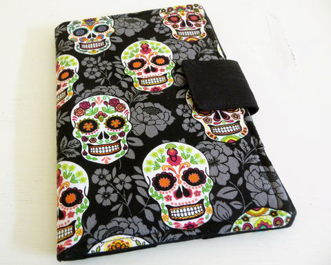 Sugar,Skulls,Kindle,3,or,Fire,Cover,,Book,Style,Case,sugar skull kindle 3 cover, sugar skull kindle keyboard cover, handmade kindle 3 case, skull print kindle 3 case, book style cover for kindle keyboard, sugar skull kindle fire cover, cover for original kindle fire, kindle fire 1 cover, day of the dead cov