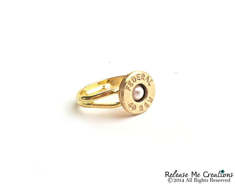 Pearl Bullet Gold Ring Smith and Wesson - product image