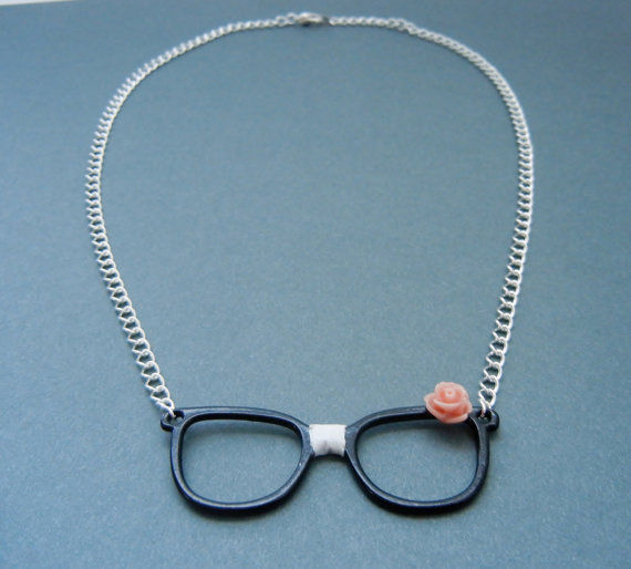 Retro Nerdy Glasses Necklace - product image