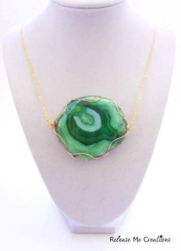 Emerald Green Dragon Agate Gold Statement Necklace - product image