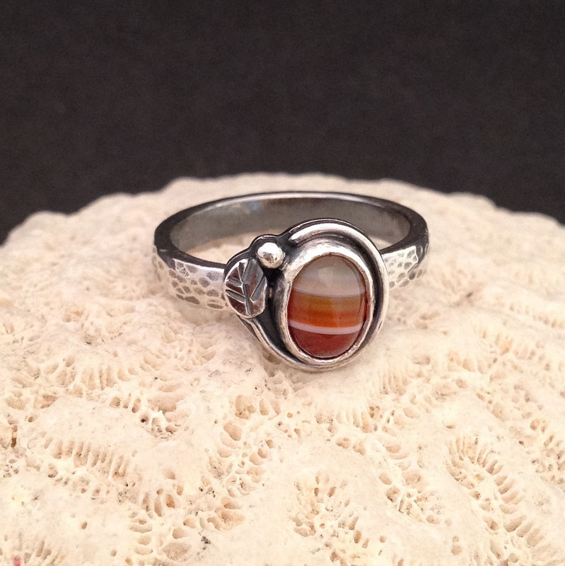 Red Striped Carnelian Stacking Ring Size 6 3/4 Sterling Leaf Design - product images  of