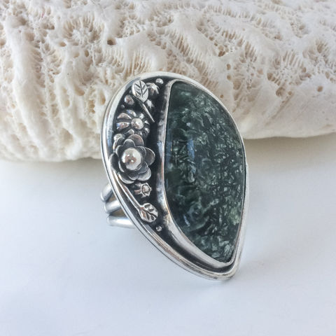 Green,Seraphinite,Flower,Garden,Ring,Size,8,1/2,Sterling,Silver,Sterling Silver Seraphinite ring, hand fabricated flower ring, green stone sterling silver ring, bohemian flower ring