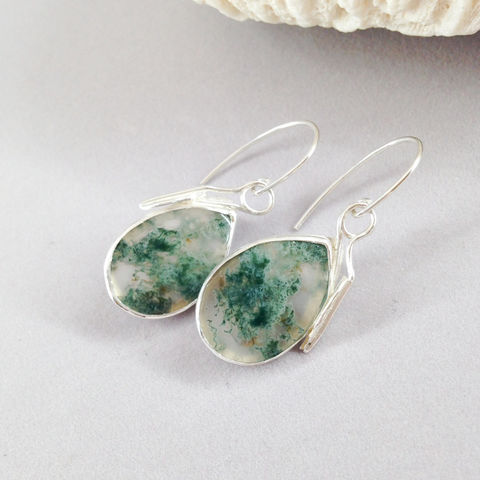 Green,Moss,Agate,Earrings,Silversmith,Pear,Dangles,Sterling,Silver,sterling silver moss agate earrings, silversmith dangle earrings, green sterling silver jewelry