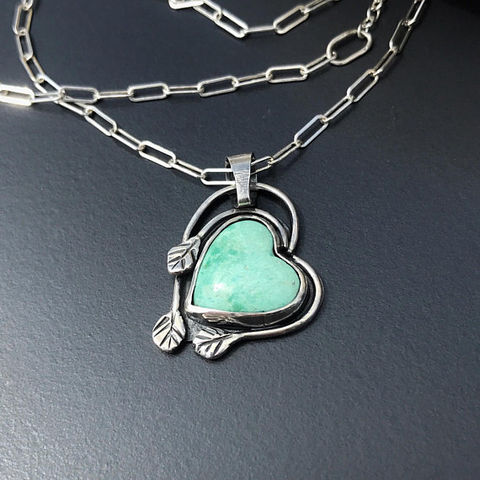 Turquoise,Heart,Necklace,,Artisan,Leaves,Design,,Sterling,Silver,Adjustable,Chain,turquoise heart necklace, hand wrought leaves, artisan sterling silver