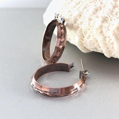 Copper,Hoop,Earring,,Handcrafted,Patterned,Boho,Style,with,Latch,Hinge,copper hoop earrings, largee copper hoops, patterned hoops, boho style hoops