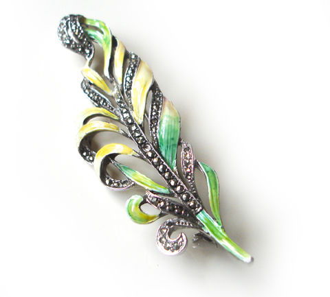 Beautiful,Vintage,1940's,,Yellow,Enamel,&,Sparkly,Marcasites,Floral,leaf,Brooch.,Beautiful Vintage 1940's, Yellow Enamel & Sparkly Marcasites Floral leaf Brooch.