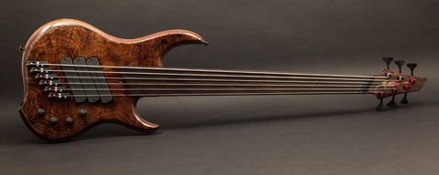 Dingwall,Z3,Crotch,Walnut,Fretless,Dingwall Z3 Crotch Walnut