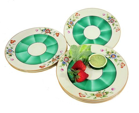 Six,Noritake,Art,Deco,Hand,Painted,Dessert,Plates,Green,Shaded,Centers,noritake china,noritake plates, noritake japan, art deco plates, art deco noritake, 1920s noritake,1920s_salad_plates,1920s_dessert_plates,green_dessert_plates,japan_dessert_plates,sweetwaters_antiques,floral_dessert_plate,m_in_wreath
