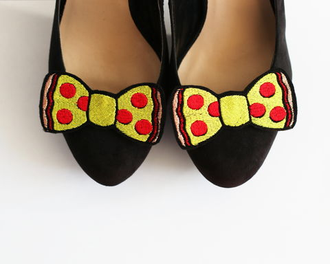 Pepperoni,Pizza,Bow,Shoe,Clips,,Fast,Food,Accessories,shoe clips, geek, cute, junk food