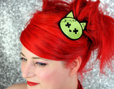Zombie,Kitty,Hair,Clip,,Animal,,Green,Accessories,Clip,women,janine_basil,hair_clip,barette,womans_hair_clip,kawaii_hair_clip,cute_hair_clip,zombie_kitty,zombie_cat,zombie_hair_clip,kitty,cat,polyester_felt,rayon_thread,elastic