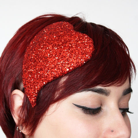 Valentine,Heart,Fascinator,,Burlesque,,Various,Colours,Accessories,Hat,Women,fascinator,valentine,heart,glamour,love,burlesque,pin_up,janine_basil,uk,glitter,heart_hat,glitter_fascinator,headpiece,wire,buckram,clitter,cotton_wadding,felt