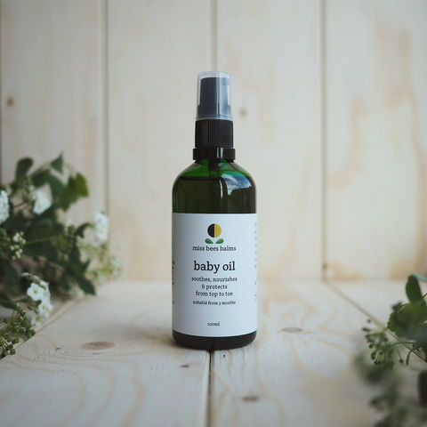 baby,oil,Baby Oil, moisturising, cleansing, massage oil, non-mineral, mineral oil free, best natural baby oil, dry skin babies, baby eczema, new baby gift, oil for cradle cap, naturally heal eczema