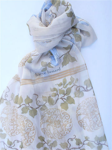 Vintage,Blue,Floral,Scarf,Beige,Harve,Benard,Tan,Brown,Flower,Designer,Italian,vintage blue floral scarf, vintage floral beige scarf, vintage harve benard scarf, vintage tan scarf, vintage light brown flower scarf, vintage designer italian scarf, floral light blue vintage scarf, villacollezione, vintage blue flower rectangular scarf