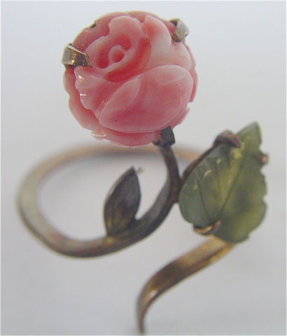 Vintage,Coral,Ring,Jade,Carved,10K,Gold,Flower,Wrap,Ladies,Size,7,vintage flower coral jade ring, vintage carved jade ring, vintage,carved coral ring, ladies ring us size 7, vintage coral wrap ring, vintage 9k gold coral ring, vintage flower coral ring, green jade ring, vintage jade ring, size 75 gold wrap ring