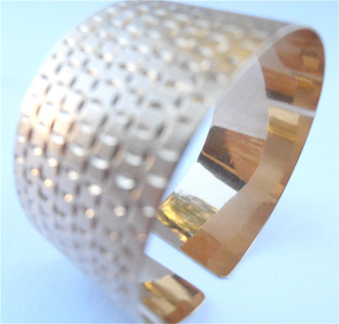Vintage,Genuine,14K,Gold,Textured,Cuff,Bracelet,Extra,Wide,Bangle,Etched,Engraved,Authentic,Fine,Jewelry,Villa,Collezione,Villacollezione,vintage authentic 14k gold etched cuff bracelet, vintage genuine 14k gold bracelet, vintage textured gold cuff bangle, vintage 14k gold bangle, vintage 14k extra wide band cuff bracelet, vintage engrave 14k gold bracelet, villa collezione, villacollezione
