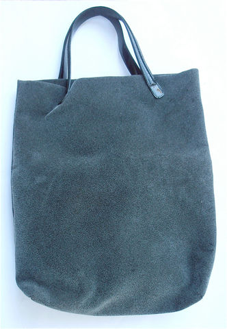 Vintage,Italian,Gray,Kalliste,Handbag,Grey,Tote,Texture,Bag,Shopping,Everyday,Traveling,Travel,Deep,Black,Patent,Handle,Villacollezione,vintage gray italian handbag, vintage grey tote handbag, vintage gray tote, vintage grey Italian bag, grey kalliste bag, grey shopping bag, vintage italian gray tote, villa collezione, vintage gray italian handbag, vintage hairy texture gray bag