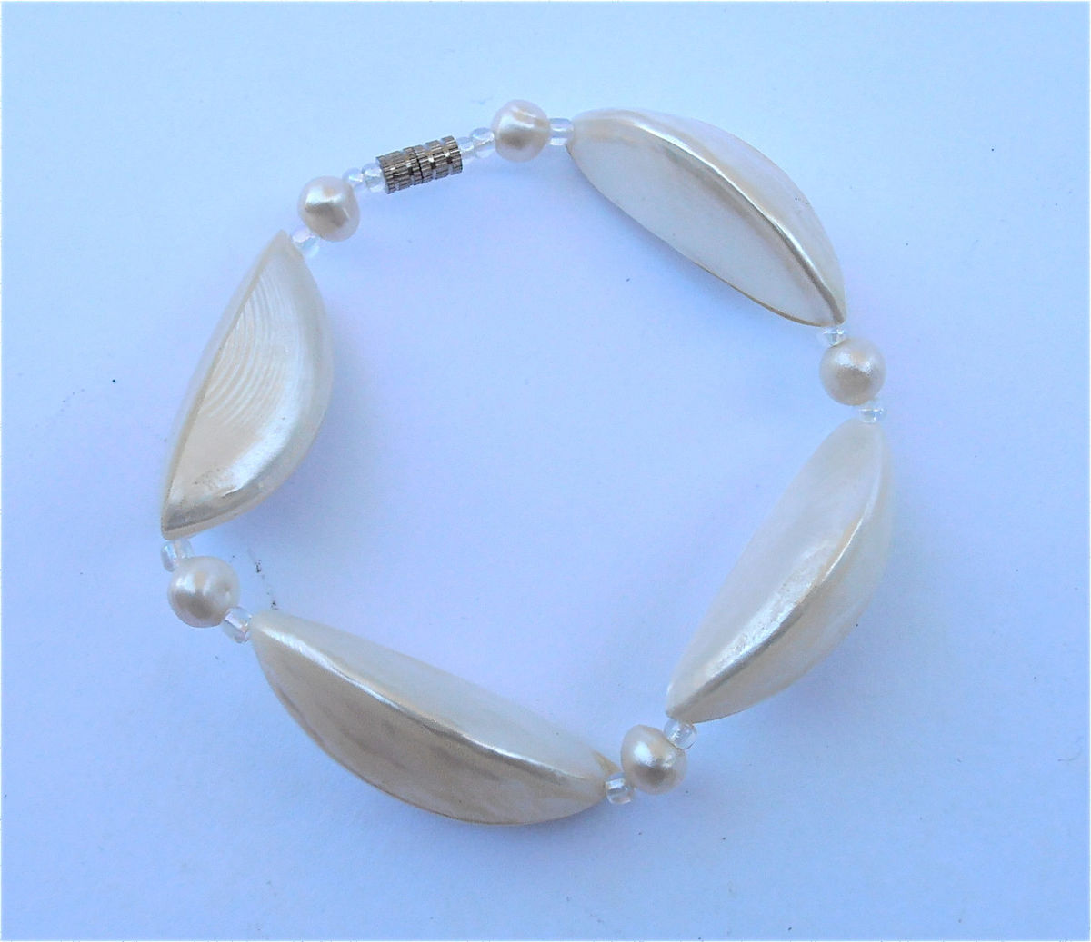 Vintage Mother of Pearl Bracelet Vintage White Pearl Bracelet White Shell Bracelet White Seashell Bracelet Geometric Bracelet MOP Bracelet - product images  of