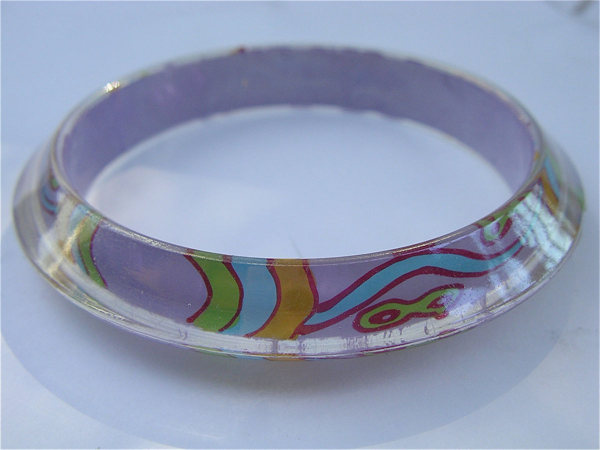 Vintage Purple Bangle Lavender Retro Bracelet Violet Bracelet Psychedelic Bangle Pop Art Design Hippie Acrylic Bracelet Hippie Bracelet - product images  of