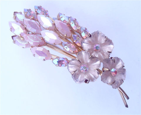Vintage,Pink,Flower,Crystal,Brooch,Aurora,Borealis,Floral,Pin,Tail,Pale,Mauve,Rhinestone,Acrylic,Petal,Villa,Collezione,Villacollezione,vintage pink flower brooch, vintage pink aurora borealis brooch, vintage pink crystal brooch, pink mad men brooch, vintage peacock tail brooch, pink leaves stones, hollywood props, iridescent pink crystals, glam fab brooch, vintage pink flower brooch