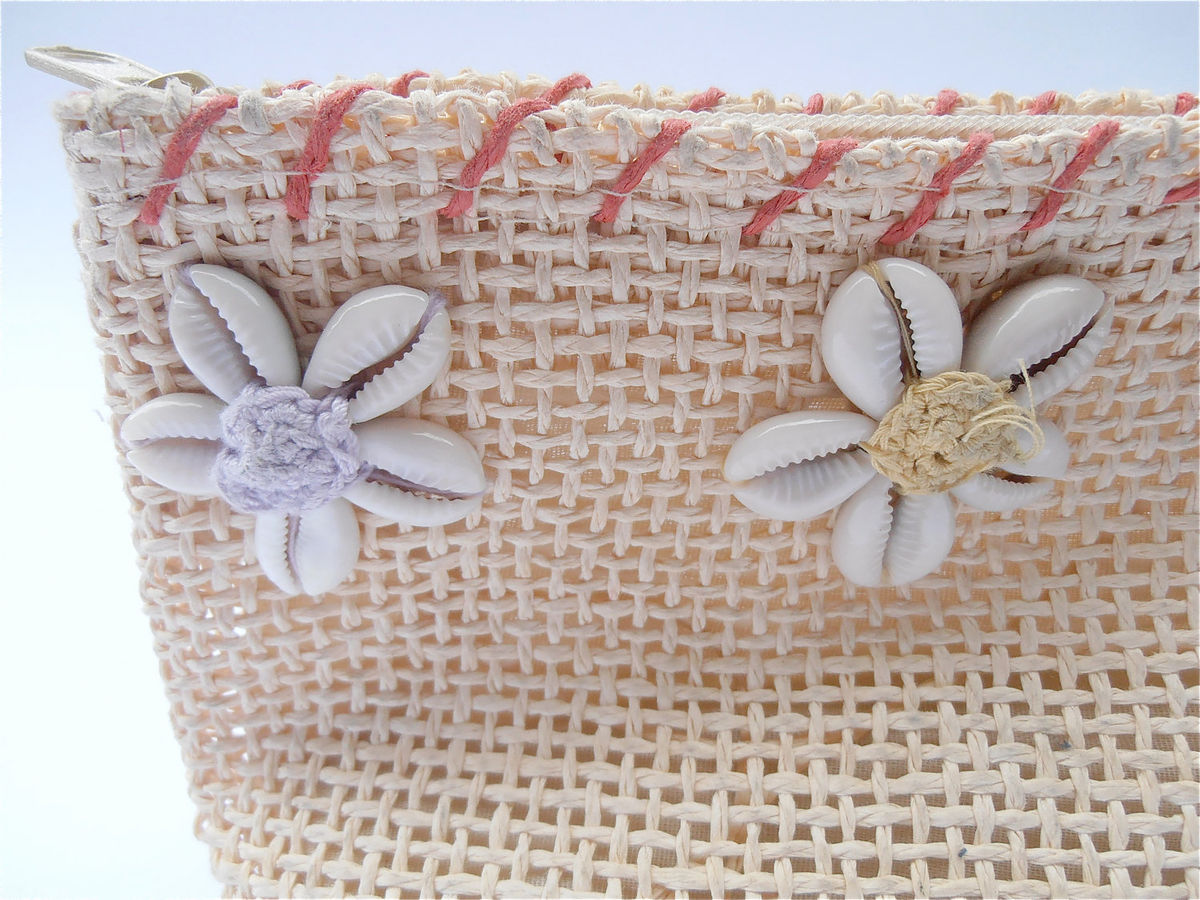 Vintage Natural Woven Fiber Purse Seashell Weave Clutch Bag Beige Wallet Makeup Cosmetic Bag Travel Pastel Flowers Lilac Yellow Blue Native - product images  of