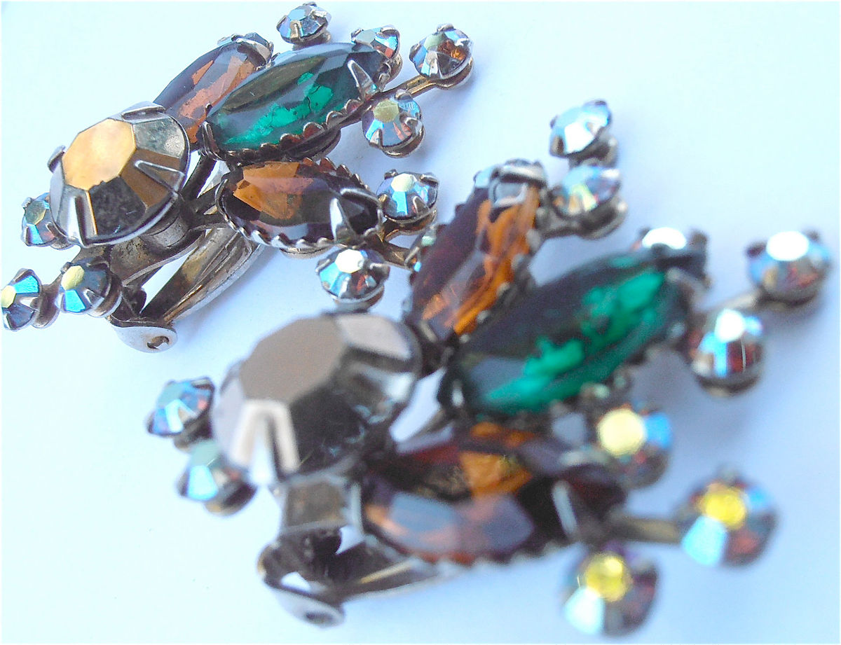Vintage Emerald Green Crystal Earring Smoky Brown Bronze Starburst Clip On Navette Aurora Borealis Costume Jewelry Villacollezione - product images  of