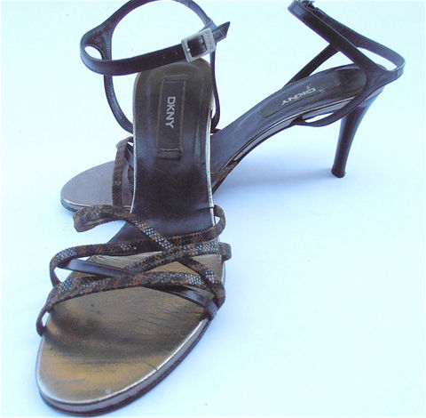 Vintage,Animal,Print,Designer,Shoes,Black,Strappy,DKNY,High,Heels,Leather,Stilettos,Skinny,Straps,Women,Ladies,Shoe,Size,7,3.25,Inch,Ankle,vintage animal print strappy high hells, vintage black leather ankle strap ladies shoes, vintage dkny designer black leather ankle strap womens shoes, vintage black strappy stilettos, vintage dkny black acrylic high heels, vintage dkny ladies shoe size 7