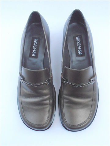 Vintage,Hipster,Gray,Metallic,Loafers,Kenneth,Cole,Ladies,Shoes,Grey,Leather,Silver,Buckle,Shoe,Size,7.5,vintage kenneth cole ladies shoes, kenneth cole loafers, grey leather loafers, gray leather loafers, silver buckle ladies shoes, ladies shoe size 75, gray flat shoes, grey ladies flats, vintage gray metallic gray metal, villa collezione, gunmetal gray