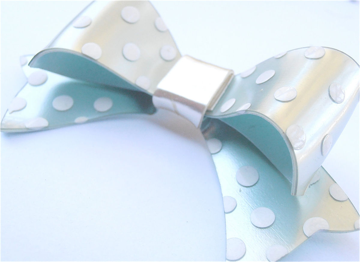 Vintage Mint Green Brooch 70s Kawaii Japanese White Polka Dot Light Pastel Green Ribbon Bow Pin Lolita Villa Collezione Villacollezione - product images  of