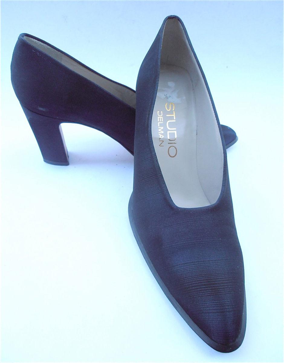 Dark Blue Ladies Designer Shoes Studio