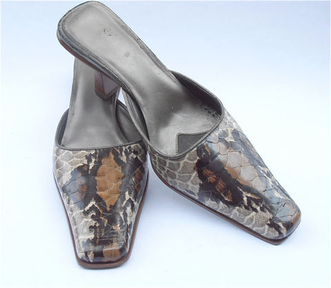 Vintage,Faux,Snakeskin,Shoes,Brown,Mules,Kitten,Heels,Sandals,Mock,Croc,Slip,Ons,Enzo,Angiolini,Ladies,Shoe,Size,7,vintage faux snakeskin shoes, vintage brown snakeskin mules, brown kitten heels, vintage brown snakeskin sandals mock croc brown slip ons, vintage enzo angiolini brown shoes, ladies shoe size 7, vintage snakeskin mules, vintage brown alligator shoe