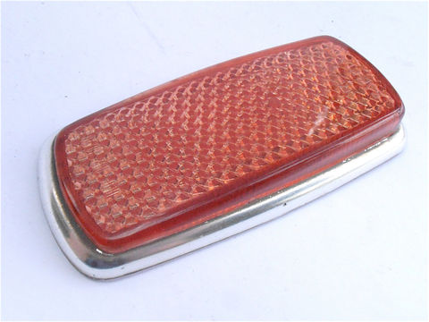 Vintage,Red,Rear,Side,Reflector,SAE,P1A,69,European,Car,Marker,Mercedes,Benz,Bmw,1960s,1970s,Right,Left,Light,Lens,Lamp,UL0,302,10,20,vintage red rear right left side reflector lens, vintage 60s 70s rear side european car reflectors, sae p1a 69, vintage european car red markers, mercedes benz red rear lamps, bmw side light lamp, red side lamp lens, european side marker, UL0 302 10 20