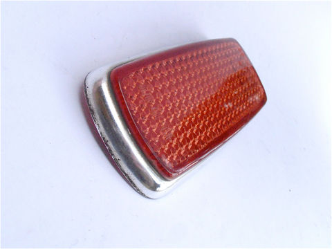 Vintage,Red,Rear,Side,Marker,UL0,302,10,20,European,Car,Reflector,Mercedes,Benz,Bmw,1960s,1970s,Right,Left,Light,Lens,Lamp,SAE,P1A,69,vintage 60s 70s red rear side car reflector marker, vintage european benz red light right left side marker, vintage red left right side lamp, european red reflector, mercedes benz red reflector, vintage bmw red wide marker, UL0 302 10 20, UL03021020