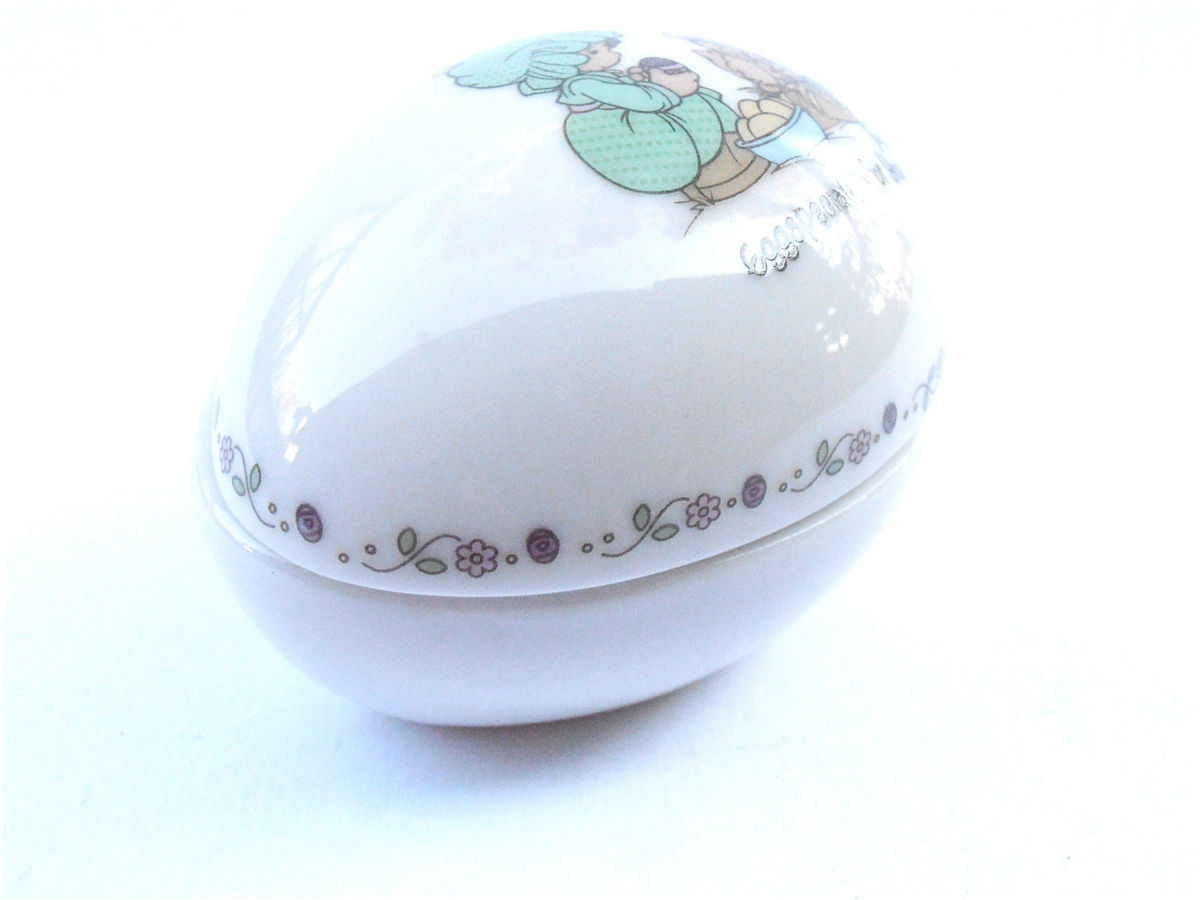 Vintage Precious Moments Egg Box Easter Ceramic Paint White Pottery Container Figurine Eggspecially Cute Kawaii Girl Enesco Collectible - product images  of