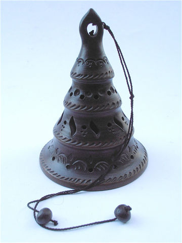 Vintage,Dark,Brown,Bell,Cut,Out,Decorative,Light,Weight,Figurine,vintage hanging bell, vintage dark brown bell, vintage cut out bell, vintage brown decorative bell, light vintage bell, vintage light weight bell, vintage bell figurine, vintage perforated chime bell, vintage brown light catcher bell, villa collezione
