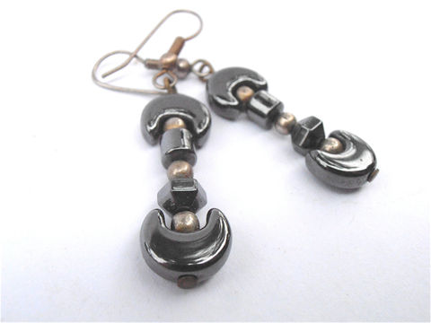 Vintage,Hematite,Dangling,Earrings,Crescent,Moon,Drop,Gray,Jewelry,vintage_hematite,hematite_danging,dangling_earrings,moon_earrings,hematite_earrings,hematite_drop_earrin,drop_earrings,gray_earrings,vintage_crescent,crescent_moon,vintage_gray_earring,villa_collezione,etsy_hematite