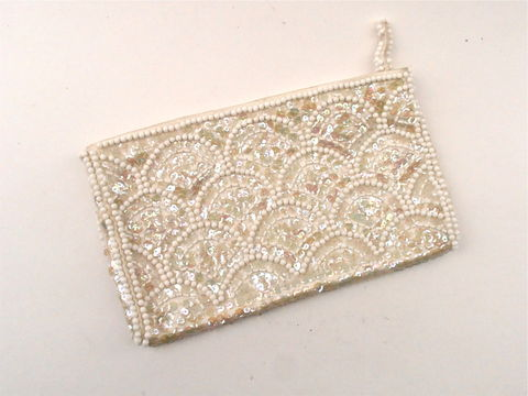 Vintage,Ivory,Sequin,Evening,Clutch,Formal,Champagne,Purse,Aurora,Borealis,White,Faux,Pearl,Bead,Wedding,Satin,Bag,Cream,Scallop,La,Regale,vintage ivory sequin clutch bag, la regale aurora borealis clutch, champagne evening bag, faux pearl bead bag, cream satin clutch purse, evening formal ivory bag, aurora borealis sequin evening purse, wedding satin bag, champagne satin bag, ivory bag
