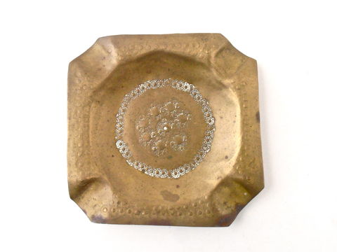 Vintage,Brass,Ashtray,Square,White,Enamel,Engraved,Etched,Handmade,Tool,Marks,Cigar,Handtooled,Hippie,Patina,Cigarette,Catchall,Tray,vintage square hand tool ashtray, vintage white enamel brass ashtray, vintage cigar brass ashtray, vintage bubble brass tray, vintage cigarette brass ashtray, vintage 70s hippie brass ashtray, vintage intricate design catchall brass tray, villacollezione