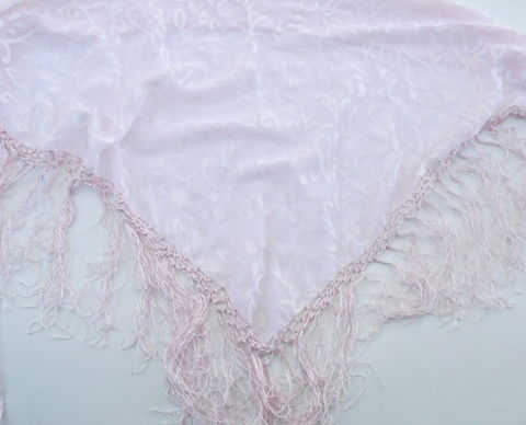 Vintage,Baby,Pink,Heart,Scroll,Fringe,Shawl,Light,Triangle,Wrap,Bikini,Coverup,Pareo,Sarong,Overlap,Skirt,Cottage,Chic,Villacollezione,vintage baby pink shawl, vintage pink fringe shawl, vintage pale pink wrap, vintage pink scroll bikini sarong, vintage pink fringe swimsuit coverup, vintage baby pink fringe shawl, vintage overlap pink skirt shawl, vintage pink cowboy large scarf