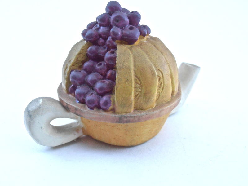 Vintage Blueberry Pie Teapot Mini Kettle Ceramic Miniature Purple Fruit Pottery Kawaii Mustard Earthenware Blueberries Dessert Collectible - product images  of