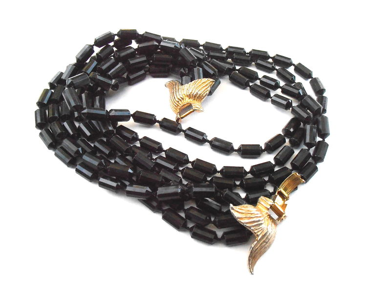 Vintage Faux Black Onyx Faceted Black Bean Bead Multistrand Necklace Four Strand Gold Tone Ribbon Ornate Fancy Art Deco Costume Jewelry 23 Inches Plastic Beaded Midcentury Villacollezione - product images  of