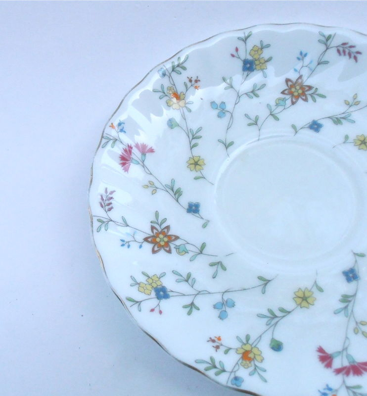 Vintage White Swirl China Plate Multicolored Wildflowers Floral Maple Brand Saucer Dish Charger Tray Blue Pink Green Fine Porcelain Pottery - product images  of