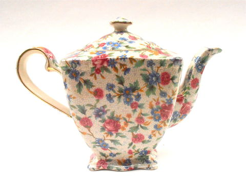 Vintage,English,Ascot,Teapot,Royal,Winton,Old,Cottage,Chintz,Grimwades,Tea,Pottery,Ceramic,Porcelain,Shabby,Floral,Pink,Flowers,Gold,vintage english ascot ceramic teapot, antique royal winton old cottage chintz teapot, vintage grimwades chintz pottery, royal winton chintz pottery teapot, royal winton porcelain, vintage floral shabby cottage chic chintz, vintage gold gilded gilt teapot