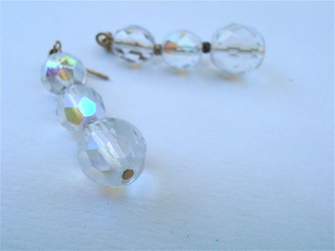 Vintage,Aurora,Borealis,Dangling,Earrings,Three,Graduated,Iridescent,Faceted,Ball,Rainbow,Gold,Tone,Post,Stud,Round,Bright,Shiny,Luminescent,vintage aurora borealis dangling earrings, vintage aurora borealis three graduated faceted ball earrings, aurora borealis clear iridescent ball earrings, vintage gold tone post stud earring, vintage faceted round acrylic ball, vintage rainbow ball earring