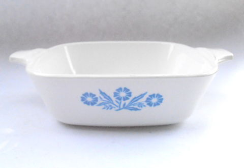 Vintage,Cornflower,Blue,Petite,Pan,Small,Casserole,Bakeware,Corningware,White,Ceramic,Flowers,Dish,P41,Mini,Serving,Entree,Tray,1.75,Cup,vintage blue cornflower corningware dish, corningware p 41 petite pan, corning ware p41 petite pan bakeware, vintage cornflower corningware small cookware bakeware, corningware white ceramic mini entrée casserole serving dish, blue flower white ceramic