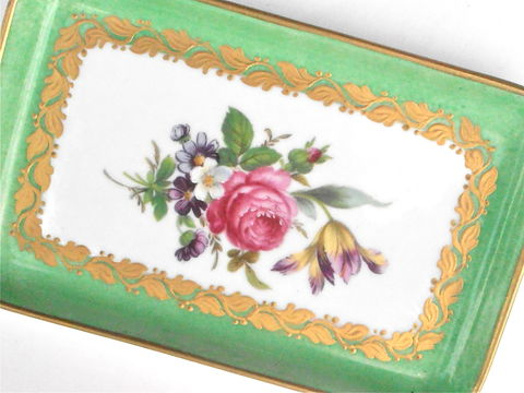 Vintage,Limoges,Rectangular,Floral,Plate,France,Flower,Ceramic,Tray,Rectangle,Porcelain,Dish,Pink,Gold,Tone,Paint,Green,Border,Arrangement,vintage green limoges rectangular ceramic dish, vintage limoges france floral porcelain plate, vintage pink flowers Limoges pottery tray, vintage limoges catchall tray, pink mauve yellow lilac violet yellow purple flower arrangement, limoges gold paint
