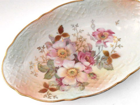 Vintage,Wild,Rose,Ceramic,Oval,Plate,Schumann,Arzberg,Cream,Pink,Pastel,Fine,China,Dish,Serving,Porcelain,Gold,Gilded,Gilt,Candy,Nut,Tray,vintage wild rose pattern schumann azberg fine china, vintage pink pastel flower floral oval dish, vintage gold gilded gilt oval shape plate, vintage serving porcelain ceramic pottery dish, vintage cream textured candy nut serving tray