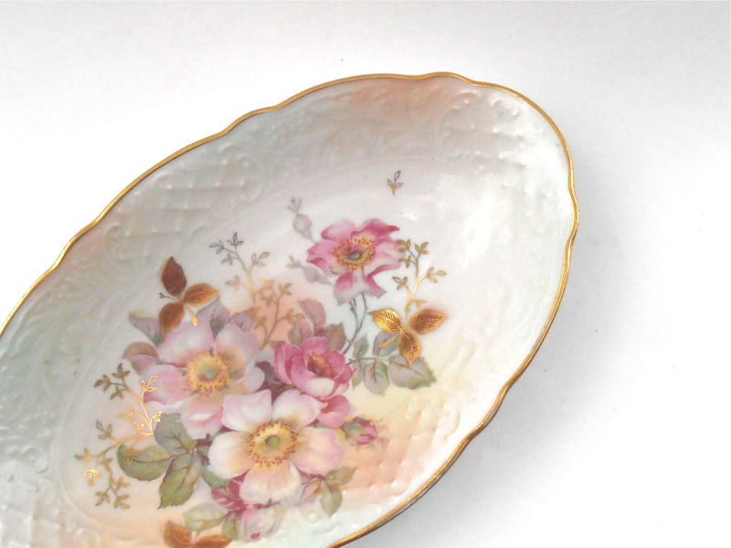 Vintage Wild Rose Ceramic Oval Plate Schumann Arzberg Cream Pink Pastel Fine China Dish Serving Porcelain Gold Gilded Gilt Candy Nut Tray - product images  of