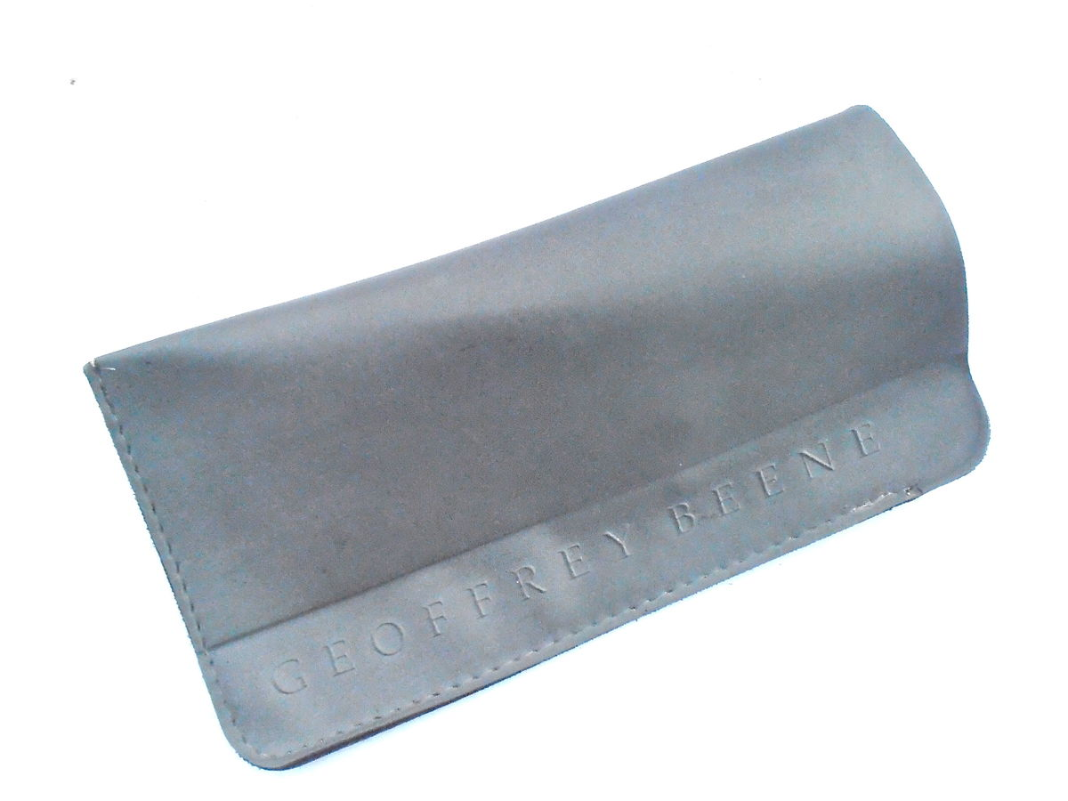 Vintage Geoffrey Beene Grey Vinyl Soft Case Eyeglasses Cover Eyewear Holder Gray Plastic Pouch Designer Slip On Slip In Signature Sunglass  - product images  of