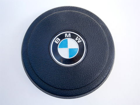 Vintage,70s,BMW,Horn,Button,Cover,S,Package,Model,320i,2002,OEM,Three,Spoke,Sports,Steering,Wheel,Rare,Hard,To,Find,White,Blue,Black,Round,vintage 70s bmw horn button, vintage horn button cover, bmw s package horn button, bmw model 320i 2002 cars, bmw horn oem, bmw horn three spoke, bmw sports steering wheel, hard to find rare bmw horn button, bmw 320i horn button, bmw 2002 horn button